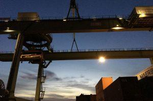 Beleuchtung ohne LED Strahler Granat bei BEHALA am Berliner Westhafen