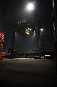 LED Beleuchtung mit dem Strahler Granat im Berliner Westhafen.