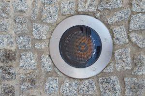 LED Sonderlösung für Bodenstrahler des Stadions